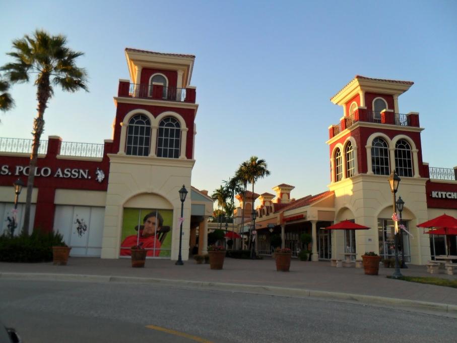 Shoppen bij Miromar Outlets